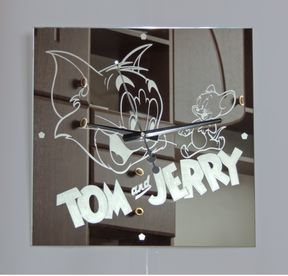 Tom and Jerry Modern Wall Clock